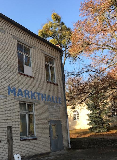 Friedensstadt Glau: die Markthalle der ehemaligen sowjetischen Garnison